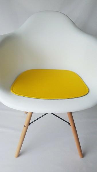 """Sitzkissen """"einfach"""" aus ECO Filz passend für Eames Armchair"""